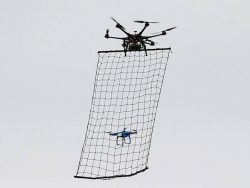 Sử dụng lưới bắt máy bay không người lái